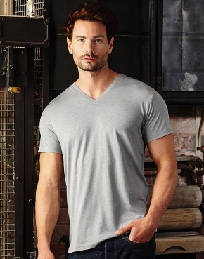 Men's V-Neck HD T